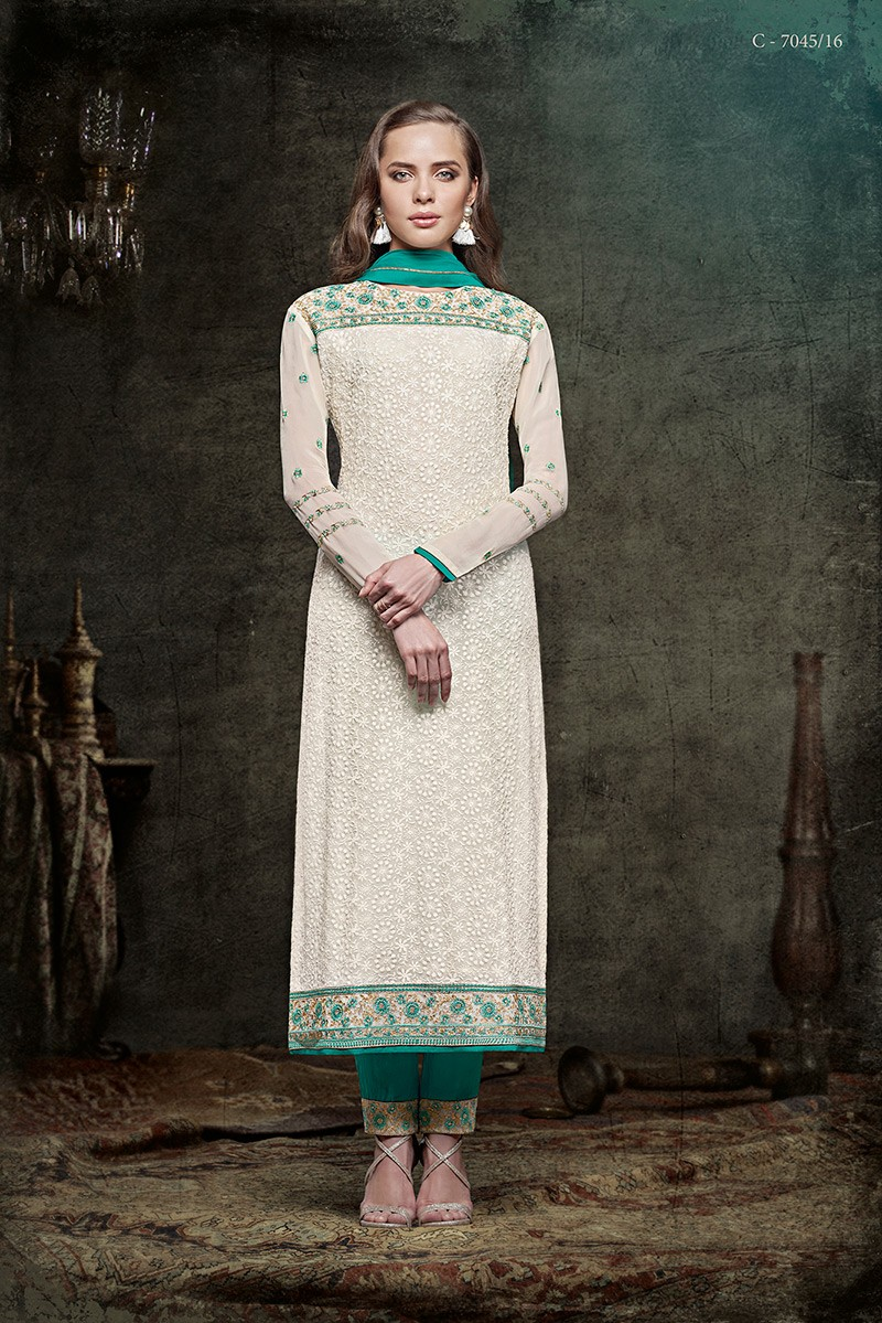 2a42c02b84 Home; Off White Salwar Suit. Stunning Diva Priyanka Chopra Salwar
